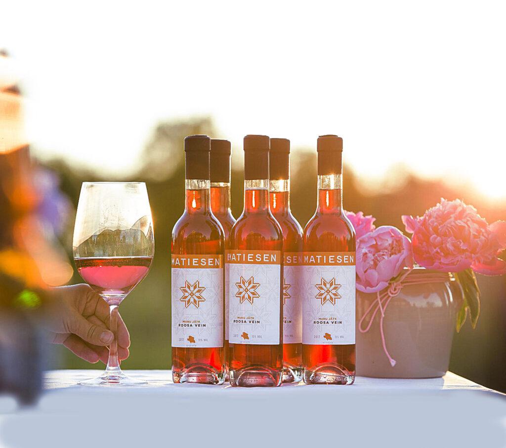 Eesti-veinitee-Muhu-veinitalu-viinamarjavein